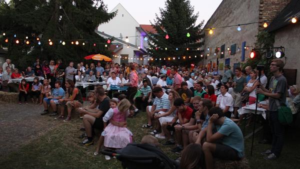 MonaLisa Twins live at backyard fest Gross-Enzersdorf