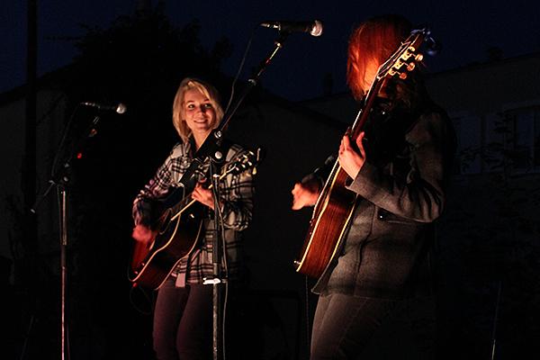 MonaLisa Twins live at TRAtelier Stockerau